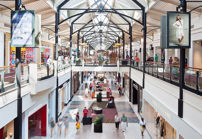 The Busy Dulles Town Center is under new management
